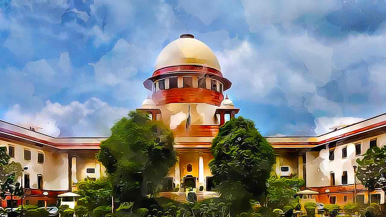 SC says need to regulate electronic media; Centre bats for journalistic freedom